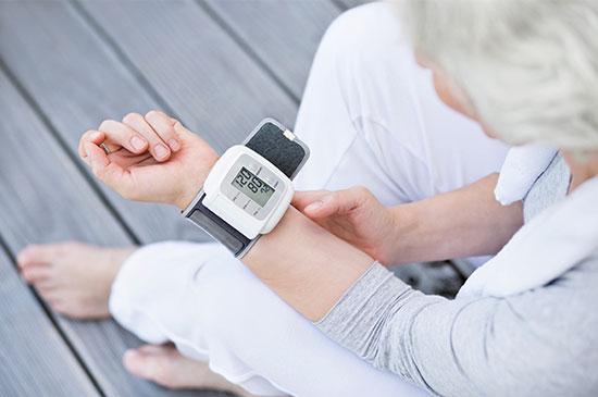 Wir von Kaphingst sind  Vertriebs- und Servicepartner für OMRON-Blutdruckmessgeräte