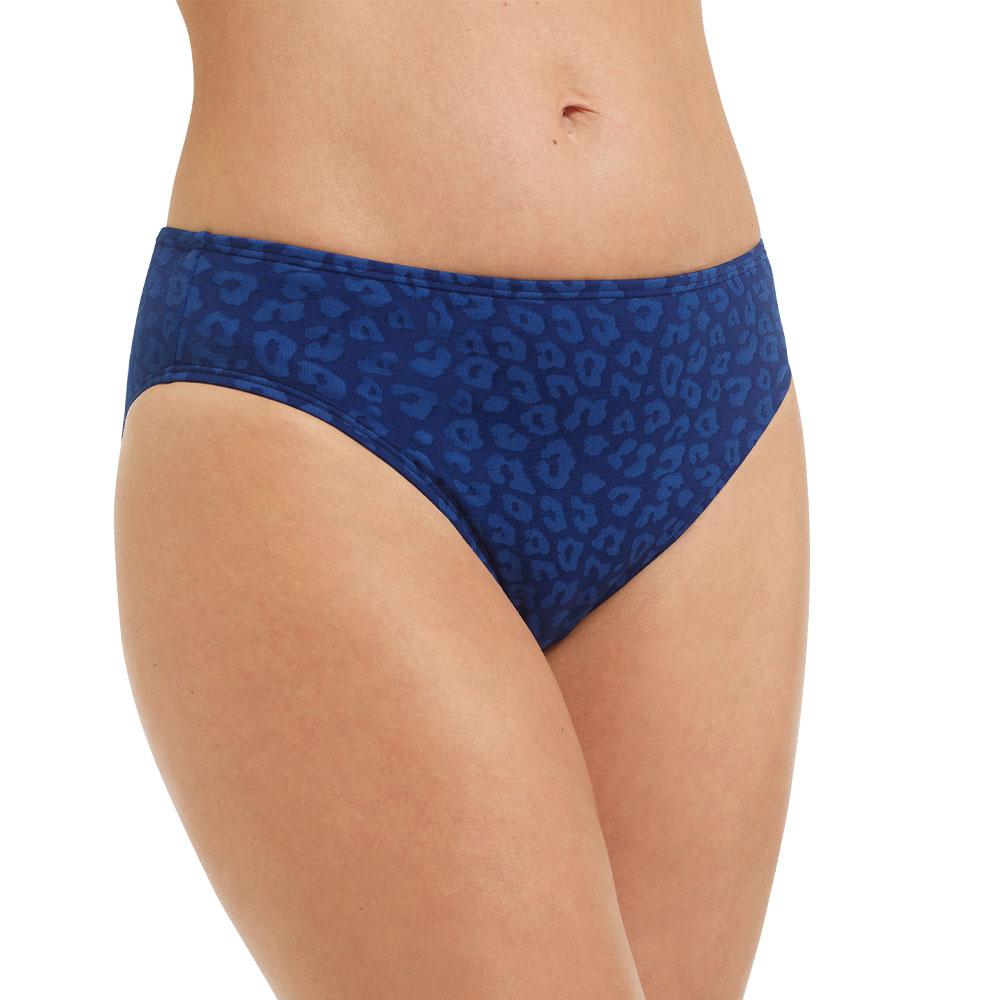 Amoena Be Joyful Panty 71518 - Model Vorderansicht